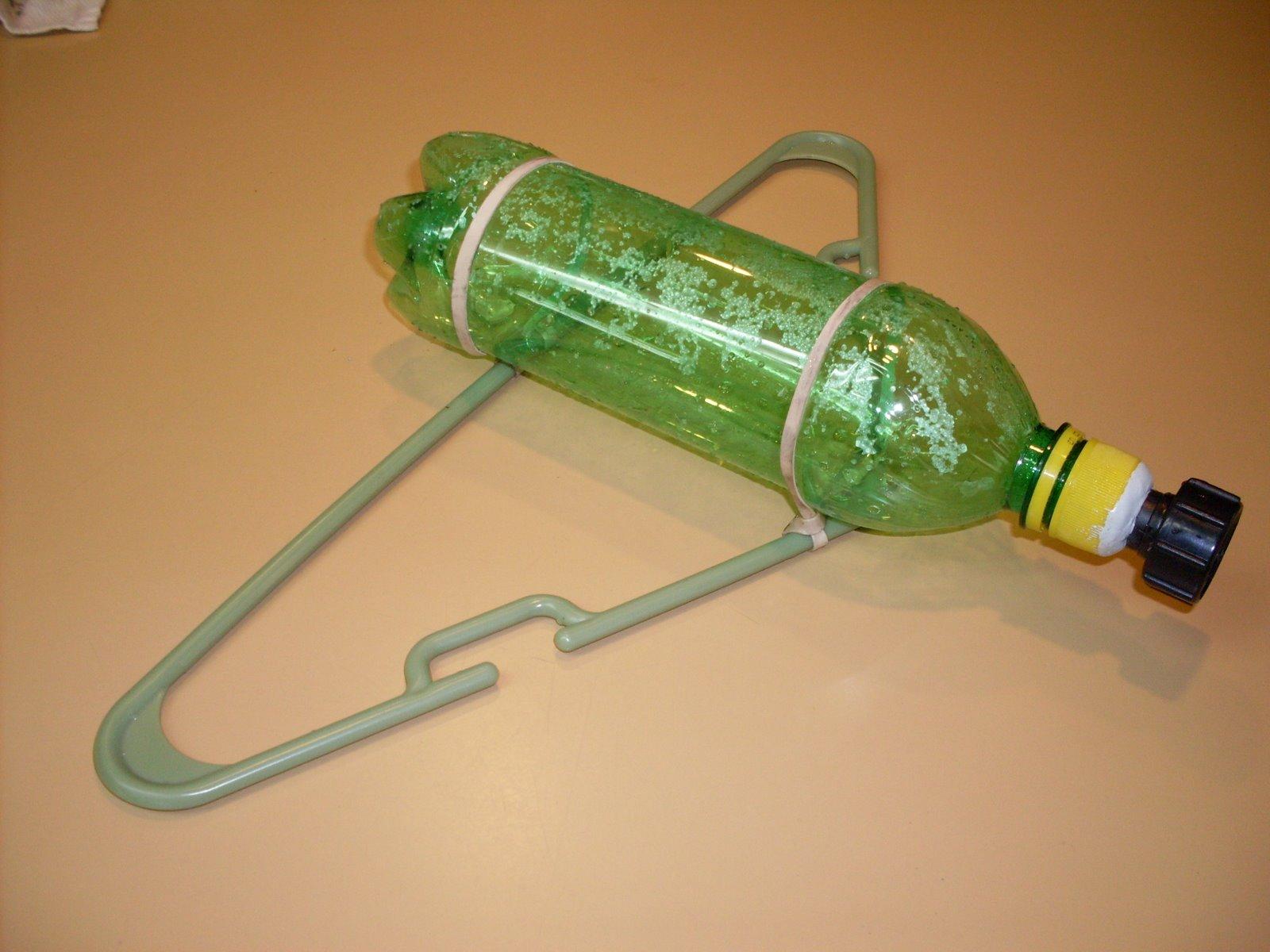 Поливалка из пластиковой бутылки своими руками